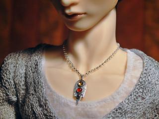 2220 Io pendant
